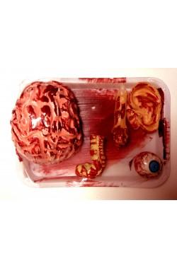 Piatto di Hannibal Lechter con pezzi di cadavere horror