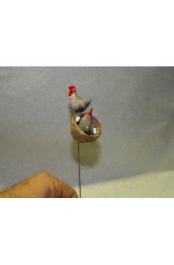 Ambientazione presepe:Nido Gallina con uova e Gallo, montati su filo di ferro