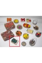 Accessori presepe fruttivendolo:cassetta con anguria cocomero realizzata a mano
