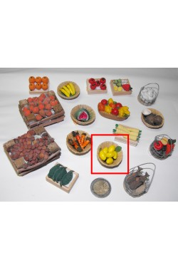 Accessori presepe fruttivendolo:cestino con limoni realizzato a mano
