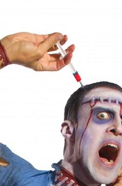 Siringa con cerchietto da testa e sangue finto