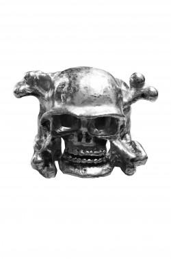 Anello con teschio ed ascia in metallo misura regolabile