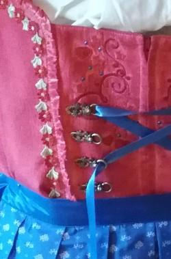 Abito tradizionale originale Bavarese Dirndl donna con ricami TG42