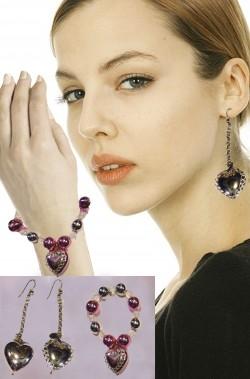 Set orecchini e bracciale  a forma di cuore per cupido o principesse