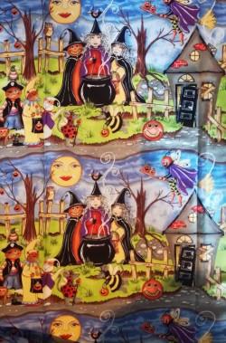 Stoffa Halloween a metro con personaggi del bosco ideale per tovaglie,costumi,arredi, tende