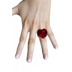 Anello a forma di cuore rosso con grande pietra