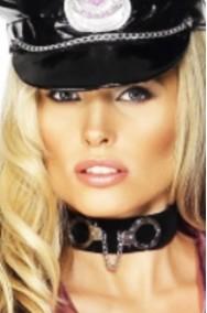 Collarino poliziotta con manette in metallo