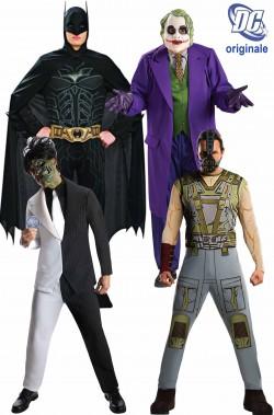 Gruppo 4 costumi Batman ed i suoi avversari