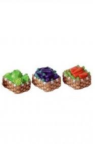 Accessori presepe fruttivendolo: set tre cestini con carote , insalata e melanzane