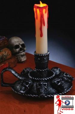 Allestimento decorazione Halloween candelabro horror con candela finta a LED e teschi