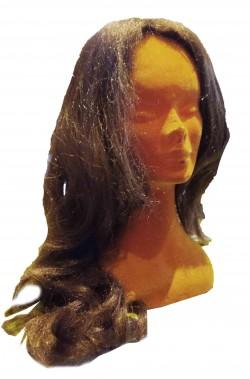 Parrucca donna lunga marrone mossa senza frangia