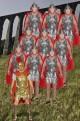 Gruppo di vestiti da soldati antichi romani armature in lattice