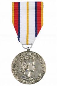 Medaglia militare ornamentale finta per divise e Steampunk argento