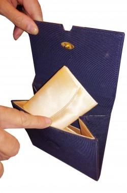 Borsetta a pochette blu vintage anni 40 con bustina