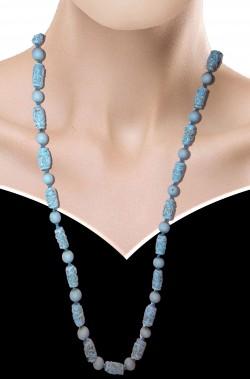 Collana azzurra con pietre finte lavorate stile maya