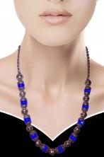 Collana a sfere di metallo con pietre finte blu stile medievale