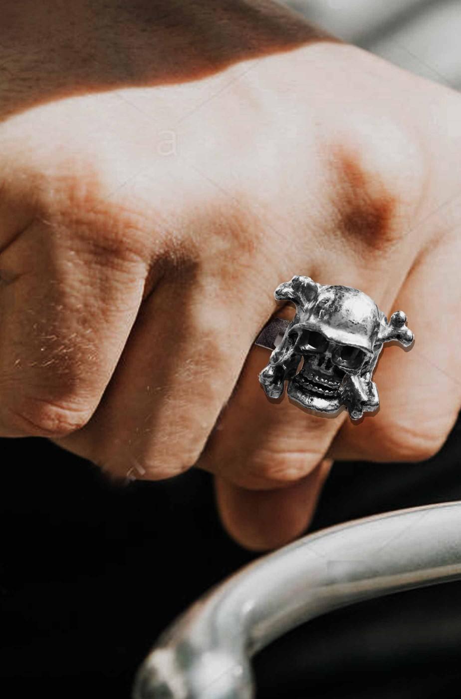 anello biker teschio con elmetto nazista in metallo misura regolabile