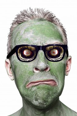 Occhiali da zombie con sguardo spaventoso