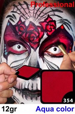 Trucco da viso e corpo rosso ciliegia makeup professionale