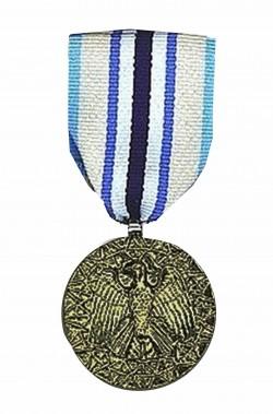 Medaglia militare ornamentale finta steampunk nastro azzurro