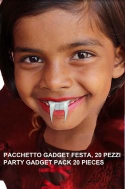 Pacchetto gadget Halloween Denti Vampiro economici
