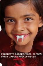 Pacchetto gadget Halloween Denti Vampiro stra economici