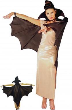 Mantello pipistrello vampiro con le ali