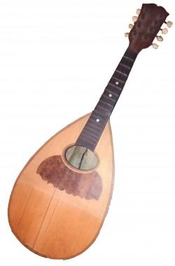 Mandolino oggetto di scena in legno senza corde