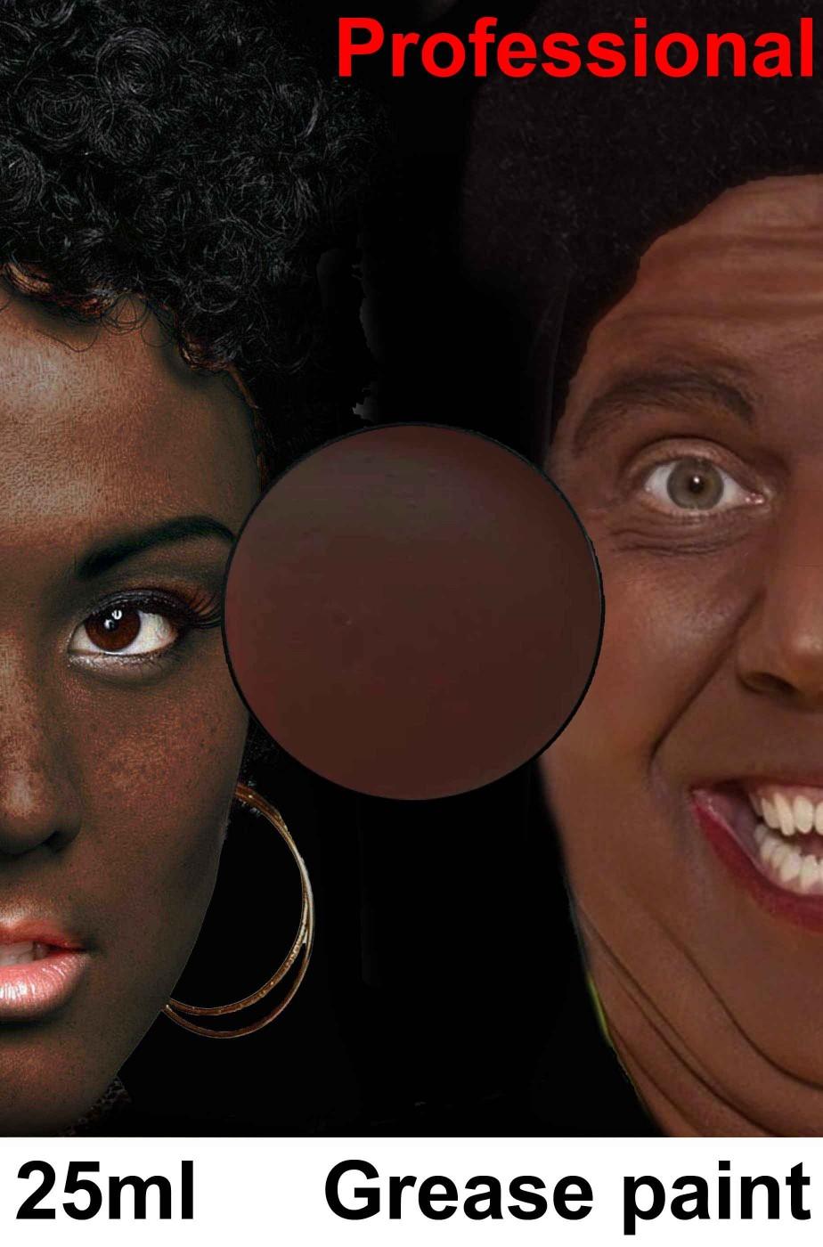 Trucco fondotinta marrone scuro negro
