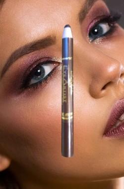 Trucco matita eyeliner...