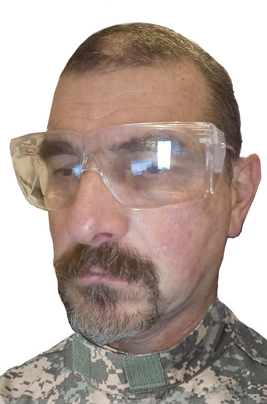Occhiali trasparenti di plastica senza colore con protezioni laterali