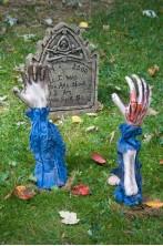 Decorazione Halloween da giardino:mani scheletro che escono dal terreno Zombie