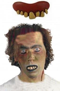 Dentiera mostro in latex morbidissimo con quattro canini numero 1