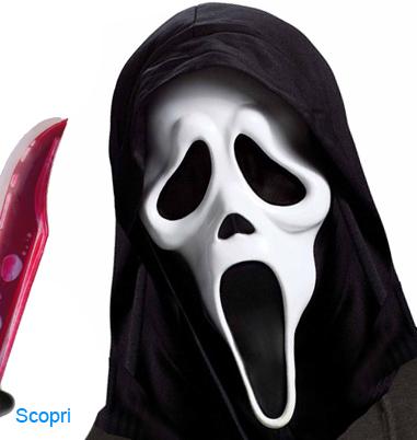 La foto mostra il protagonista di Scream Ghost face